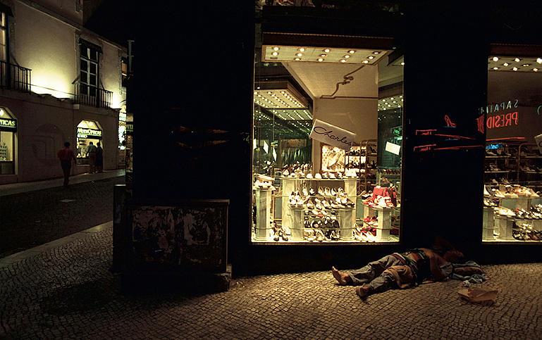 Roberto Vignoli - Homeless