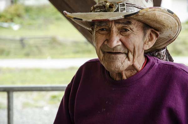 The musician Bernard Dick, 98 years old native guitarist bluewsman, indian reserve, British Columbia, Canada